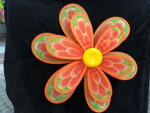 Flower Spinner Yard Stake